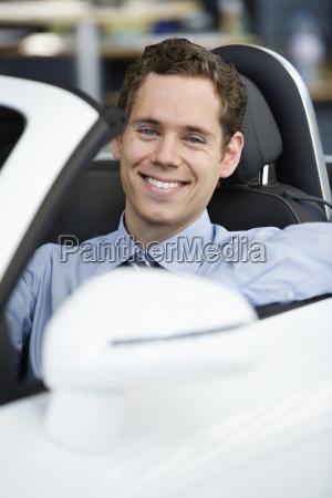 pessoas povo homem risadinha sorrisos trafego