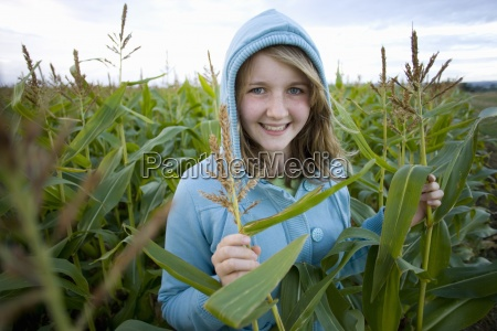 teenage girl 16 18 wearing hood