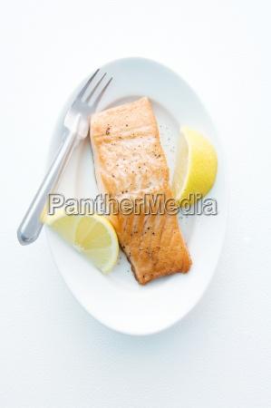 comida interior pescado serie fruta cocina