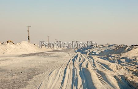road in the desert of kuwait