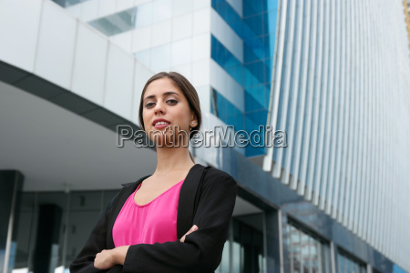 portrait young business woman arms crossed