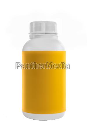 recipiente de plastico branco com etiqueta