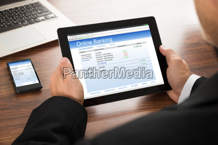 empresario on banking online