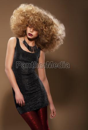 estilo vogue mulher a moda com