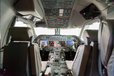 avioes da vista interior cockpit g550