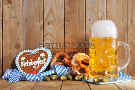 coracao bavaro do gingerbread com cerveja