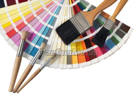 paleta de cores e paintvrushes