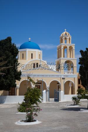 church in oia
