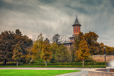 igreja cidade cultura cor caucasiano europeu