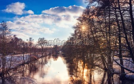 paisagem do inverno com olhar da