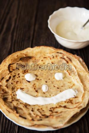 risadinha sorrisos alimento doce marrom ver
