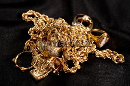 joia do ouro da sucata que