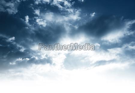 fundo do ceu nebuloso
