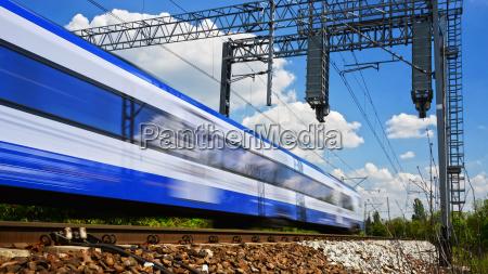 trem veiculo transporte trafego trilho eletrico