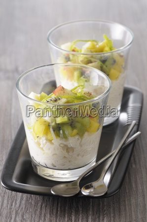 coconut rice pudding with exotic fruit