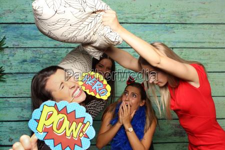 medo briga de travesseiros namoradas