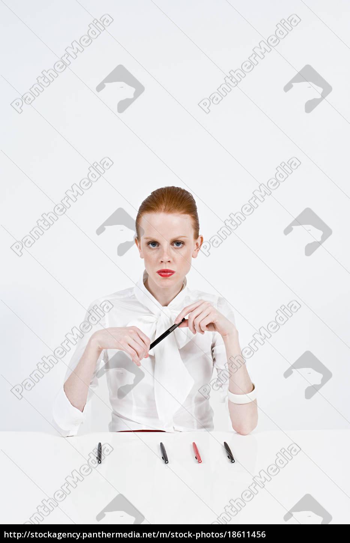 portrait, of, a, businesswoman - 18611456