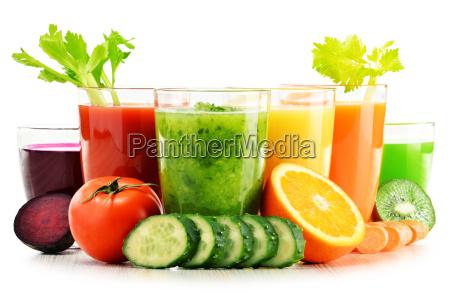 oculos com vegetais organicos frescos e