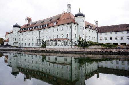 monumento bavaria reflexao alemanha espirito estilo