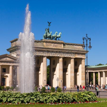 passeio viajar cidade monumento famoso turismo