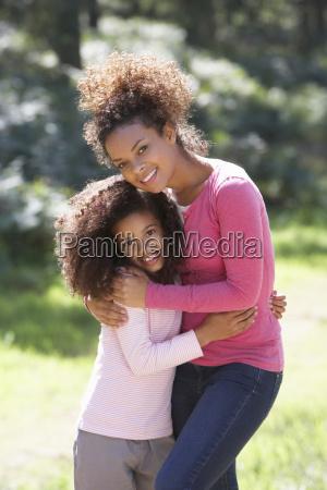 retrato da matriz com filha no