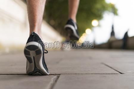 esporte esportes masculino pe ao ar