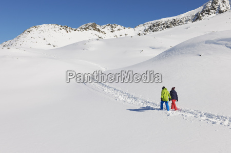 casal, andando, na, neve, kuhtai, Áustria - 19512944