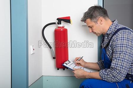 extintor emergencia sistema verificar teste ensaio