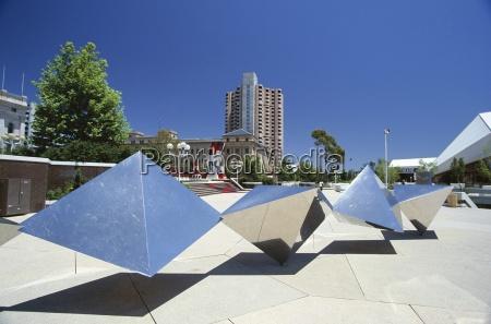 passeio viajar moderno escultura hoteis cidades