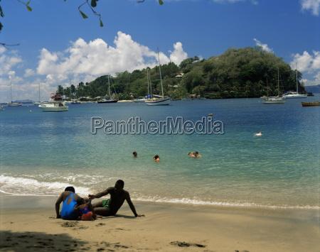 passeio viajar turismo praia beira mar