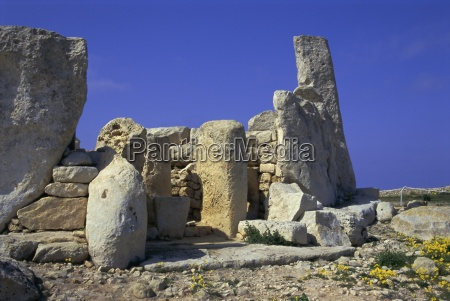 megallithic temple dating from c 3000