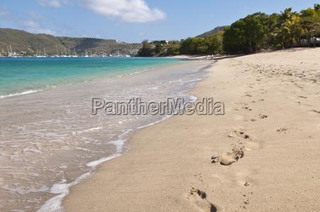 passeio viajar praia beira mar da