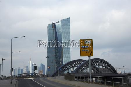 cidade moderno trafego ponte nuvem alemanha