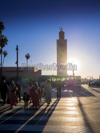 torre passeio viajar historico religiao cidade