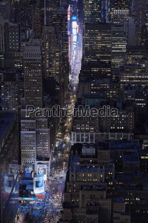 passeio viajar cidade trafego noite eua