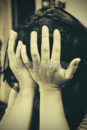 sepia triste frustracao timido tristeza depressao