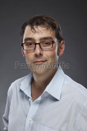 pessoas povo homem retrato oculos interior