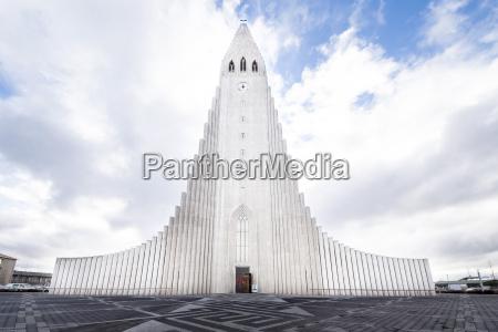 torre passeio viajar religiao igreja arvore