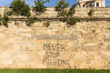 escrever historico espanha parede palavra fonte
