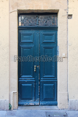 entrada porta fechado estilo de construcao
