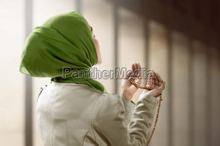 mujer mano hermoso bueno religion religioso