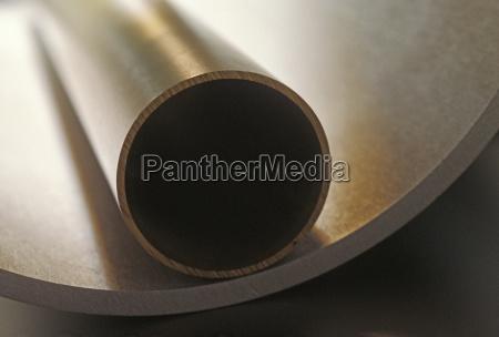 perfil detalhe closeup mentira metal tubos