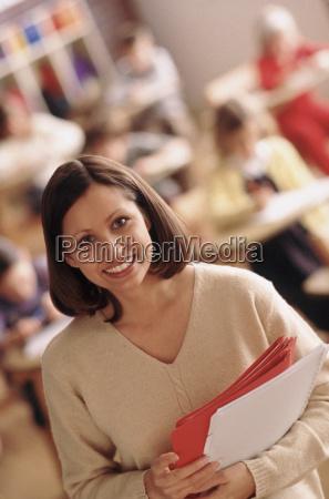 professor secretaria educacao feminino caucasiano europeu
