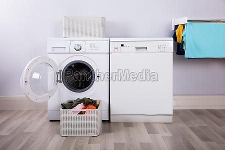 espaco lavar lavagem roupa lavanderia robo
