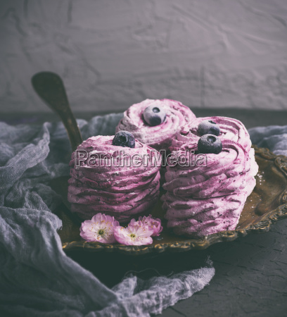 pink round airy marshmallow with berries