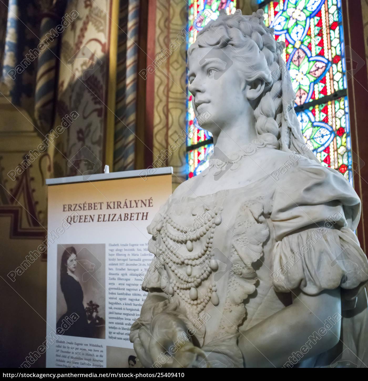 estátua, da, rainha, elizabeth, na, igreja - 25409410