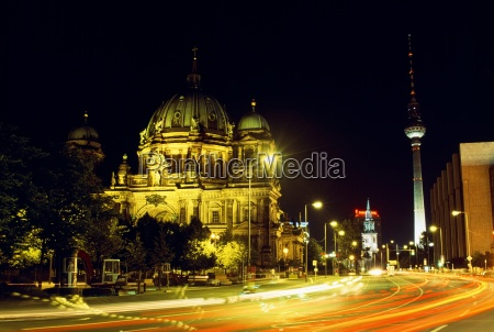 cathedral and unter den linden at