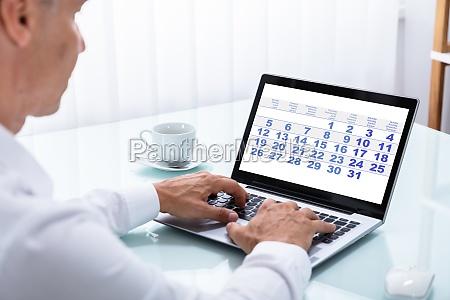 caderno computadores computador pessoa data ver