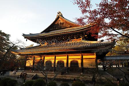 nanzenji temple the head temple within