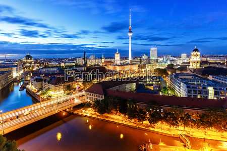 berlin skyline tv tower townhall at